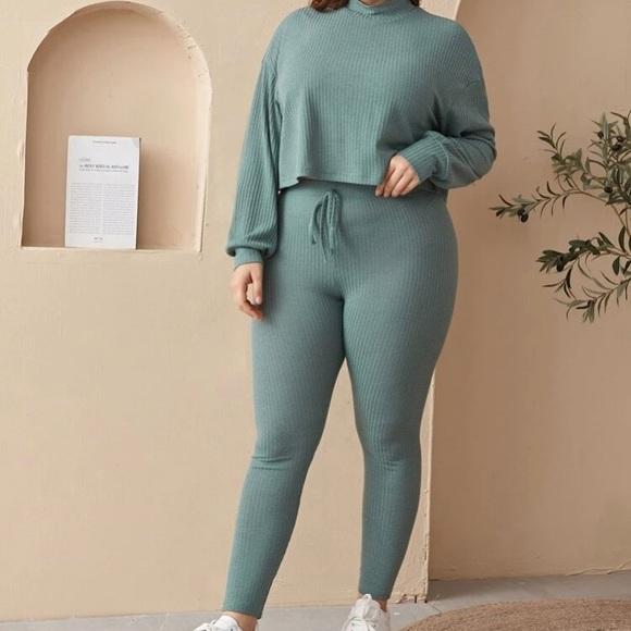 Neck Rib-Knit top and leggings set